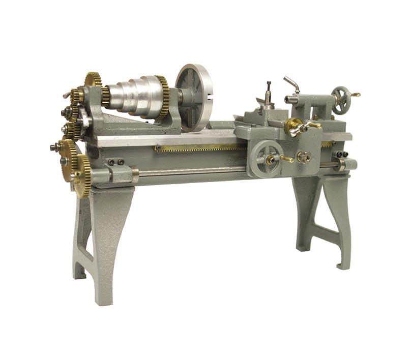 Working Principle of Lathe Machine - Engineering Tutorials